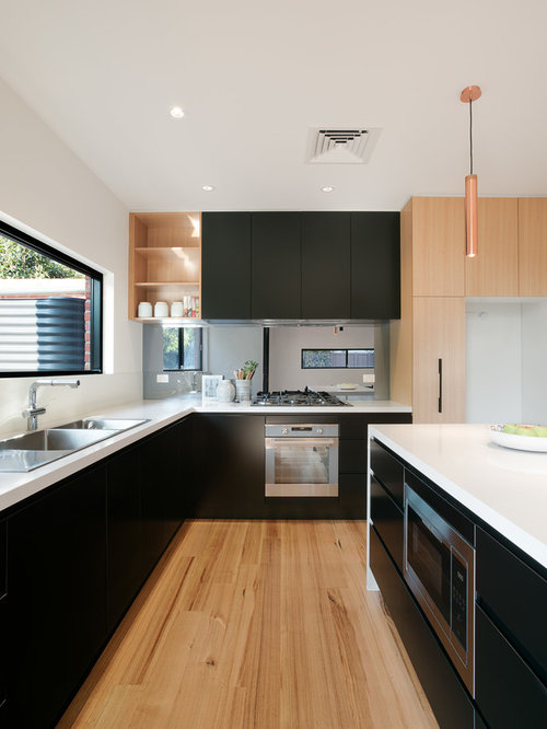 Design Ideas For A Mid Sized Contemporary Galley Eat In Kitchen In  Melbourne With