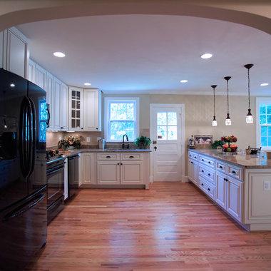 White Kitchen With Black Appliances Home Design Ideas, Pictures