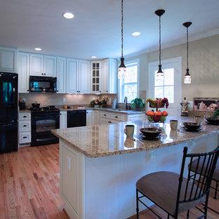 Удачное сочетание для дизайна помещения: кухня в классическом стиле с черной техникой - самое интересное для вас