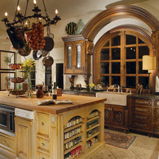 Traditional Kitchen by Wendy Black Rodgers Interiors