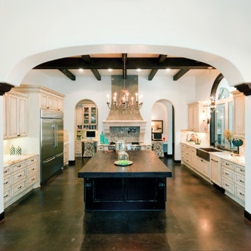 Spanish Kitchen - 2012 Design Excellence Award Winner