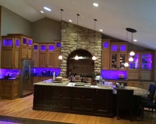 Superbe Color Changing LED Under Cabinet Lighting