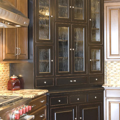 mediterranean kitchen by Radue Homes Inc.