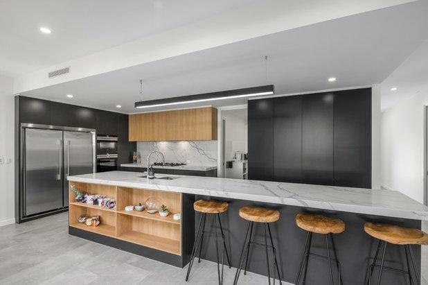 Contemporary Kitchen by John Contoleon Architecture