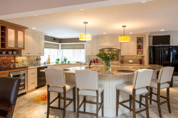 Traditional Kitchen by New England Design Elements