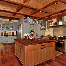 Contemporary Kitchen by Timberpeg