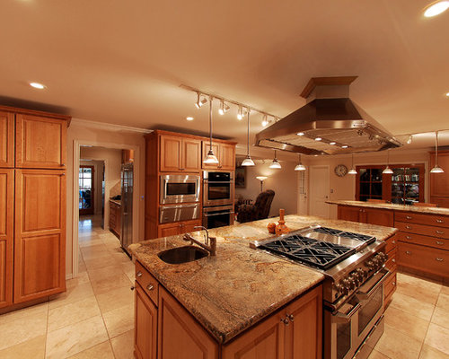 Golden Oak Kitchen Home Design Ideas Pictures Remodel And Decor