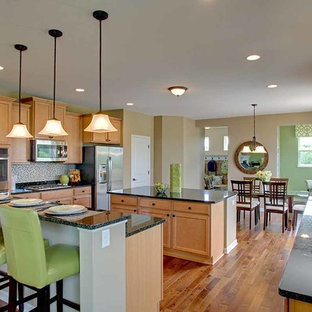 Kitchen remodeling - Inspiration for a kitchen remodel in Minneapolis