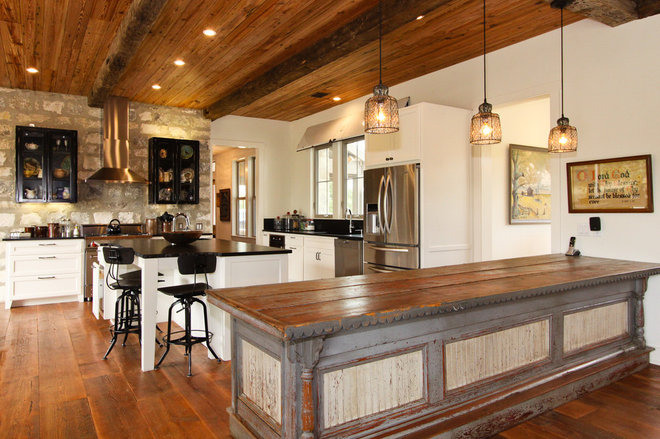 Rustic Kitchen by Brad Moore Builders, LLC