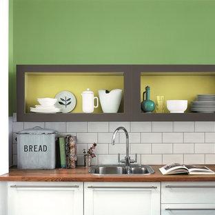 バークシャーのエクレクティックスタイルのおしゃれなキッチンの写真