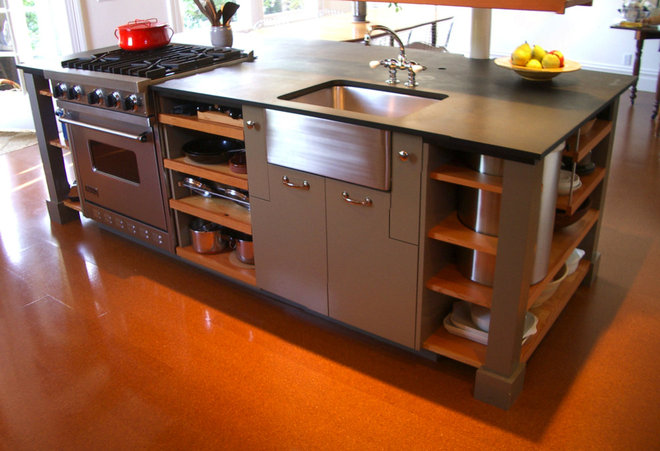 Industrial Kitchen by Actual-Size Architecture