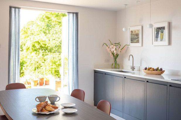 Contemporary Kitchen by Sustainable Kitchens