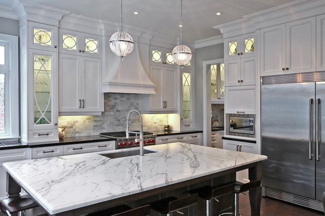 Traditional Kitchen by Olympic Kitchens