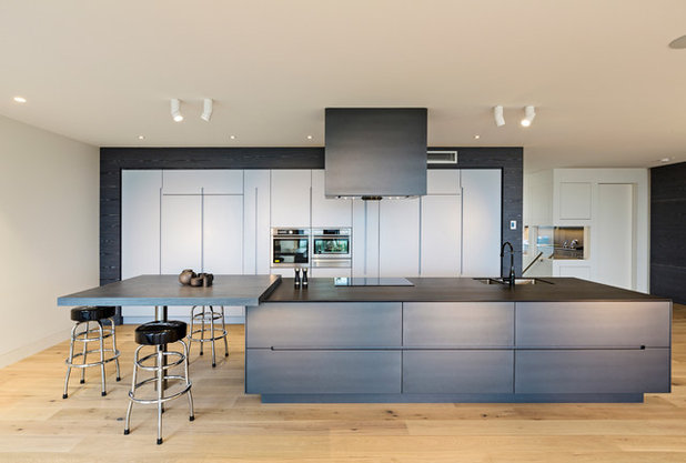 Contemporary Kitchen by Complete Kitchens