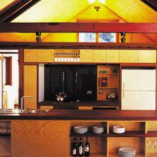 Modern Kitchen by CplusC Architectural Workshop