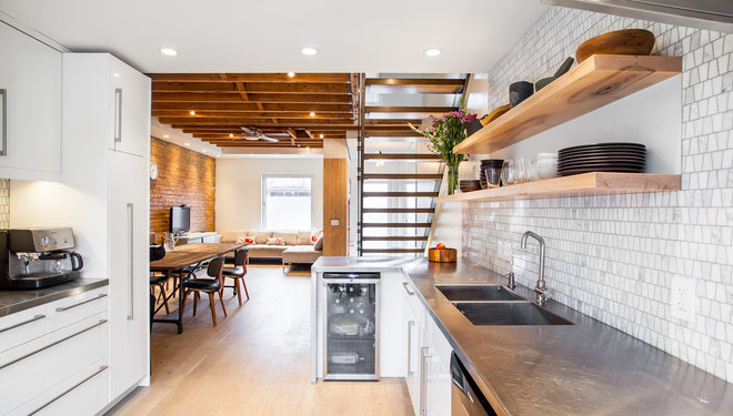 Modern Kitchen by Wanda Ely Architect Inc.