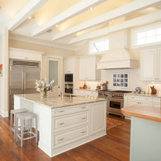 Traditional Kitchen by Peridot Interiors LLC