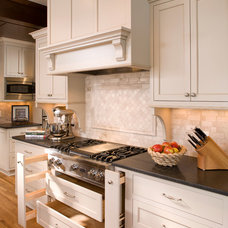 Traditional Kitchen by Ispiri Design-Build