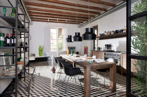 Contemporary Kitchen by Egue y seta