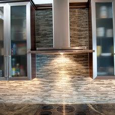 Contemporary  by Alinda Morris Interior Design LLC