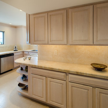 Staging to Sell - Charlottesville Condo