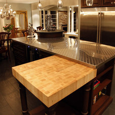 Eclectic Kitchen by Schnarr Craftsmen Inc