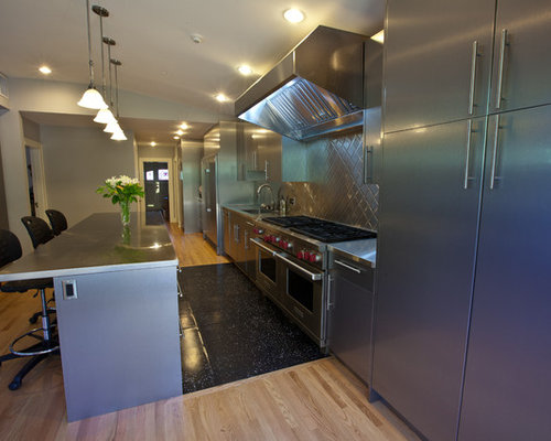 Kitchen diner design ideas renovations photos with for Galley kitchen diner ideas