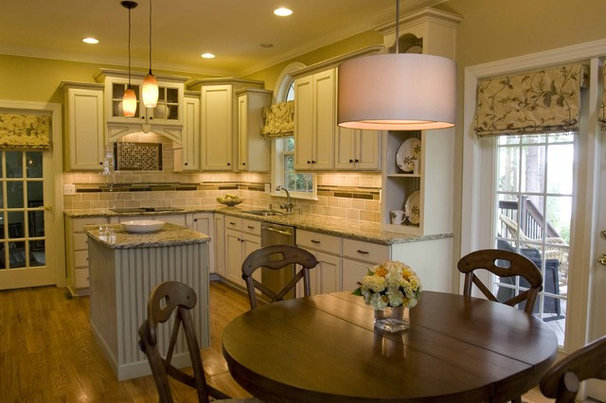 Traditional Kitchen by StarrMiller Interior Design, Inc.