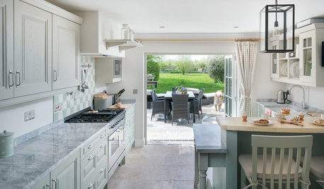Kitchen Tour: An Open-plan Modern Layout with Classic Styling