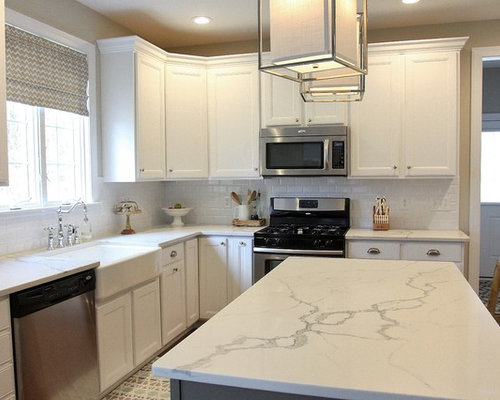 Statuario Venato Engineered Quartz Kitchen