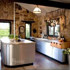 Rustic Kitchen by Maraya Interior Design