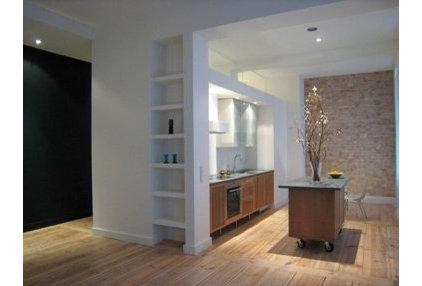 Contemporary Kitchen by Steeldaisy Associates