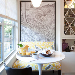 Contemporary eat-in kitchen appliance - Eat-in kitchen - contemporary eat-in kitchen idea in Austin
