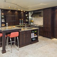 contemporary kitchen by Jay Rambo Co.