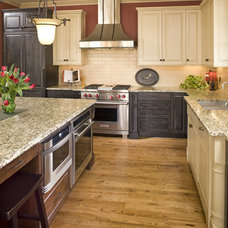 Farmhouse Kitchen by Bob Michels Construction, Inc.