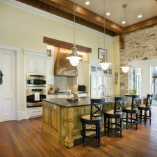 Traditional Kitchen by Stone Ridge Custom Homes