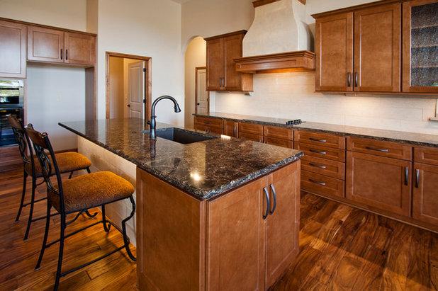 Craftsman Kitchen by Bob Cook Homes, LLC