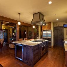 Traditional Kitchen by Larsen Whelan Ent Ltd