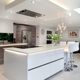 Design ideas for a contemporary kitchen in Buckinghamshire.