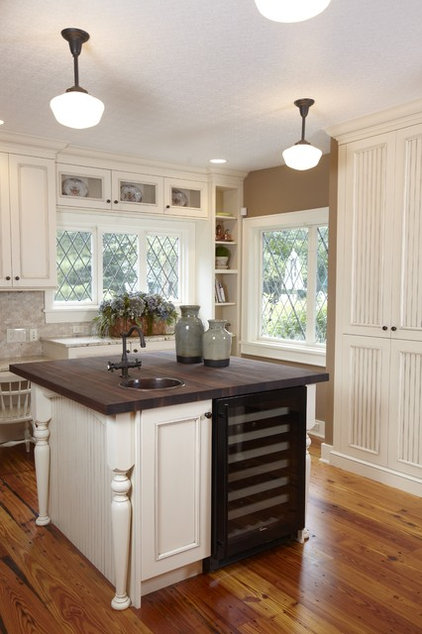 Traditional Kitchen by Stonebreaker Builders & Remodelers