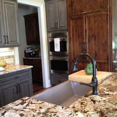 Traditional Kitchen by Jackson Construction, Inc.