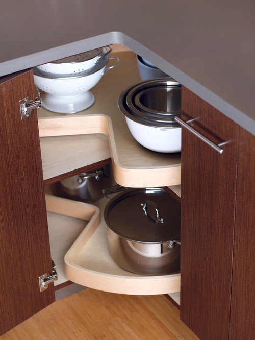 Lazy susan corner cabinets houzz for Clever kitchen cabinet ideas