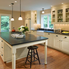 Farmhouse Kitchen by Patterson and Smith Construction, Inc.