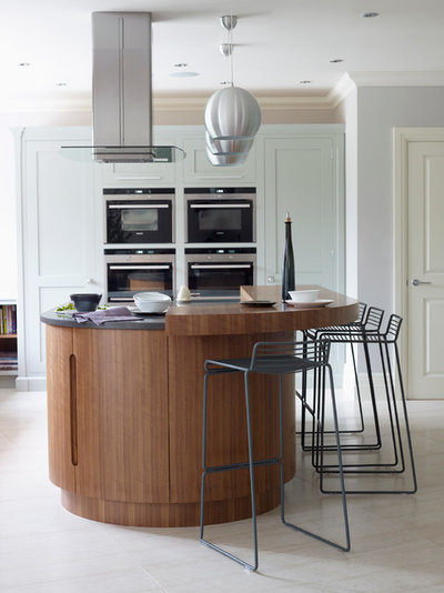 Contemporary Kitchen by Podesta