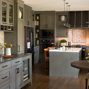 Streamlined Suburban Gray Kitchen