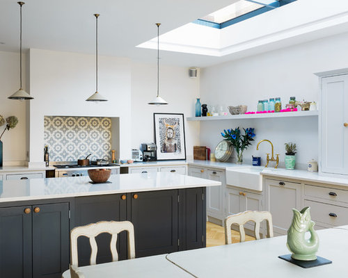 Design Ideas For A Medium Sized Farmhouse U Shaped Kitchen Diner In London With