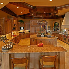 Mediterranean Kitchen by MJS Inc. Custom Home Designs