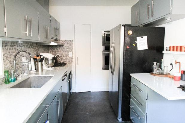 Unique Midcentury Kitchen Studio
