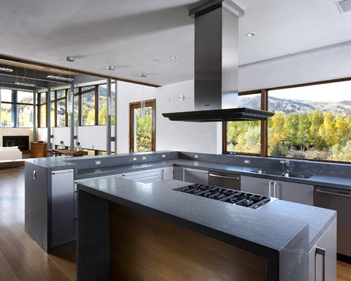 Minimalist Open Concept Kitchen Photo In Denver With Stainless Steel  Appliances