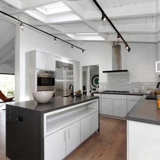 Studio City Acrylic Laminate High Gloss kitchen